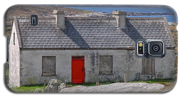 Little Red Door II Galaxy S5 Case by Suzanne Oesterling