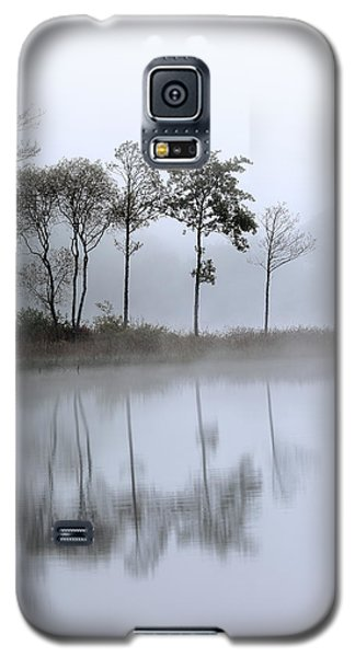 Loch Ard Trees In The Mist Galaxy S5 Case
