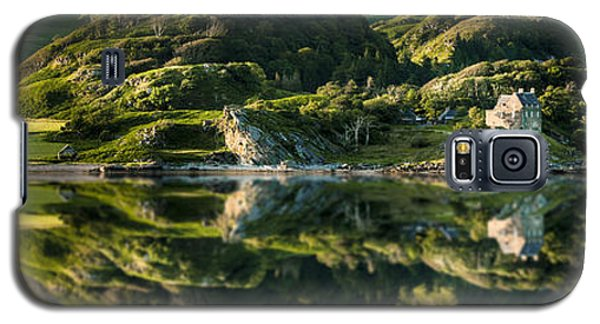 Loch Crinan Scotland And Duntrune Castle Galaxy S5 Case