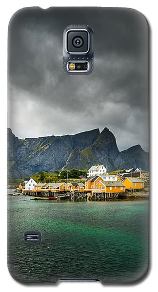 Galaxy S5 Case featuring the photograph Lofoten by Maciej Markiewicz