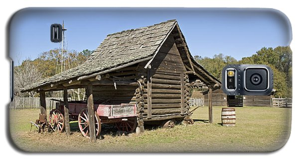 Galaxy S5 Case featuring the photograph Log Cabin And Barn by Charles Beeler