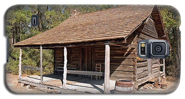 Galaxy S5 Case featuring the photograph Log Cabin by Charles Beeler