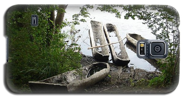 Galaxy S5 Case featuring the photograph Log Canoes by Kerri Mortenson