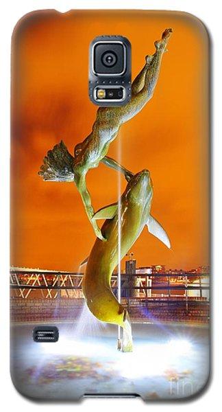 Galaxy S5 Case featuring the photograph London Art by Mariusz Czajkowski