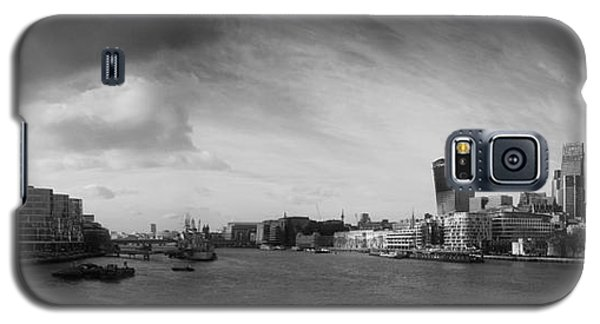 Tower Of London Galaxy S5 Case - London City Panorama by Pixel Chimp