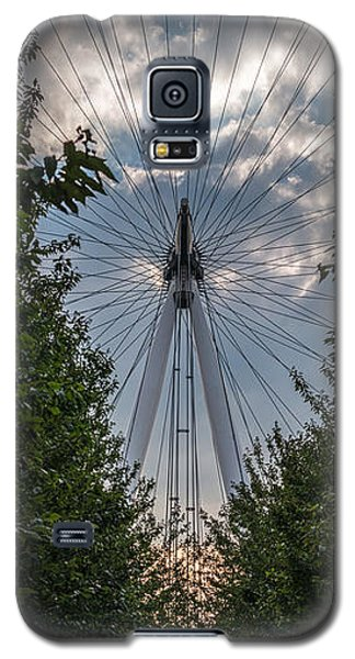 London Eye Vertical Panorama Galaxy S5 Case by Matt Malloy