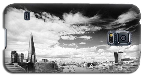 Galaxy S5 Case featuring the photograph London Panorama by Chevy Fleet