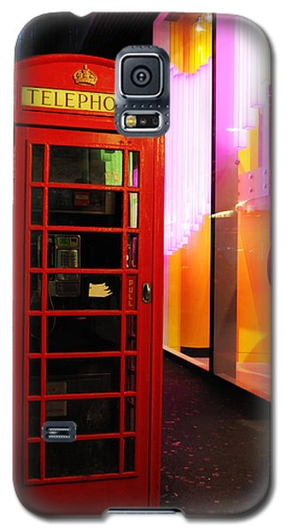 London Red Phone Booth Galaxy S5 Case by Haleh Mahbod