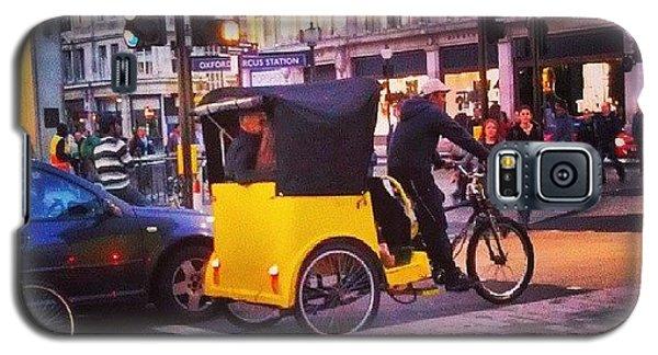 London Galaxy S5 Case - #london #street  #streetphoto #cars by Abdelrahman Alawwad