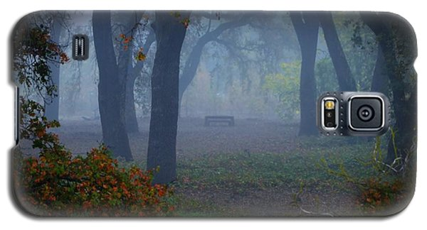 Lonely Park Bench In The Fog Galaxy S5 Case