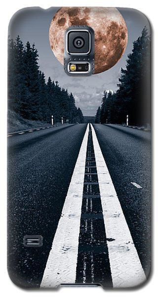 Lonely Road And Full Moon Galaxy S5 Case