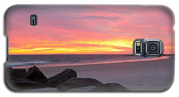 Galaxy S5 Case featuring the photograph Long Beach Sunset by Jose Oquendo