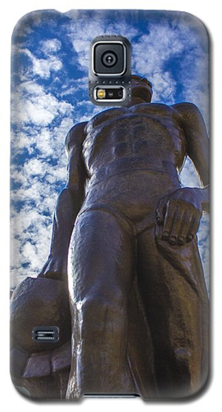 Looking Up At The Spartan Statue Galaxy S5 Case