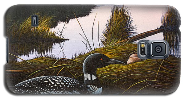 Galaxy S5 Case featuring the painting Loon Lake by Richard Faulkner