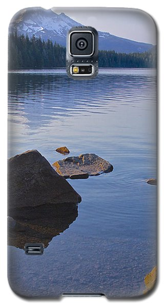 Galaxy S5 Case featuring the photograph Lost Lake Morning 81014 by Todd Kreuter