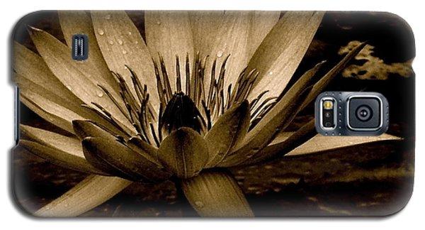 Lotus II Galaxy S5 Case