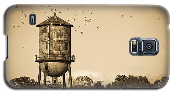 Loudon Water Tower Galaxy S5 Case by Melinda Fawver