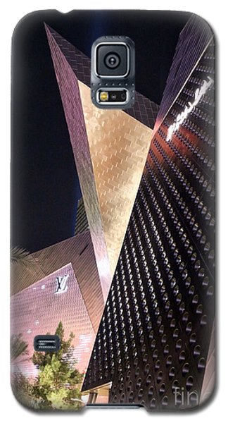 Galaxy S5 Case featuring the photograph Louis by Kevin Ashley
