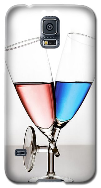 Galaxy S5 Case featuring the photograph Love by Gert Lavsen