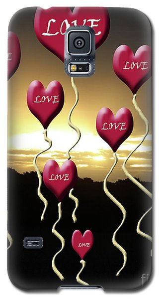 Love Is In The Air Golden Silhouette Galaxy S5 Case