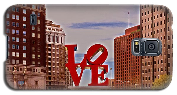 Love Sculpture - Philadelphia - 2 Galaxy S5 Case by Lou Ford