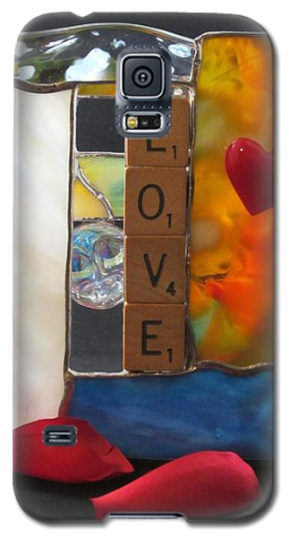 Galaxy S5 Case featuring the glass art Love Window-sill Box by Karin Thue