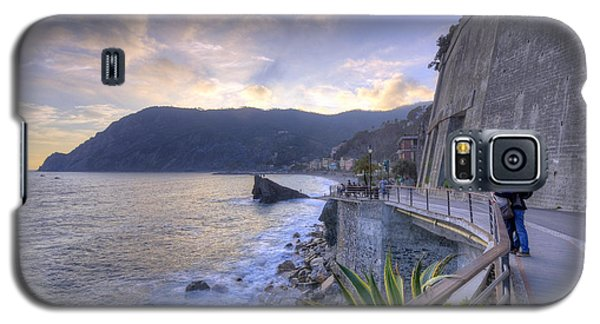 Lovers In Monterosso Galaxy S5 Case