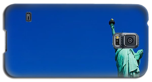 Low Angle View Of Statue Of Liberty Galaxy S5 Case by Panoramic Images