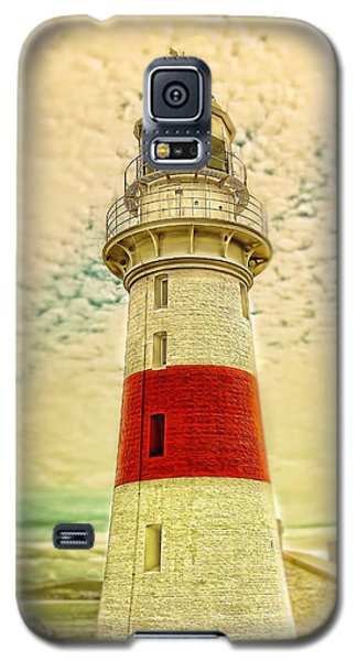 Galaxy S5 Case featuring the photograph Low Head Lighthouse by Wallaroo Images