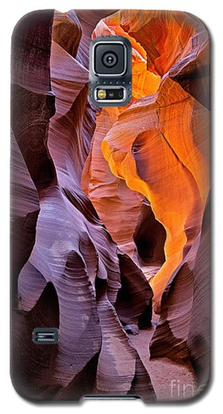 Galaxy S5 Case featuring the photograph Lower Antelope Glow by Jerry Fornarotto