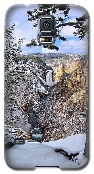 Lower Yellowstone Falls In October Galaxy S5 Case