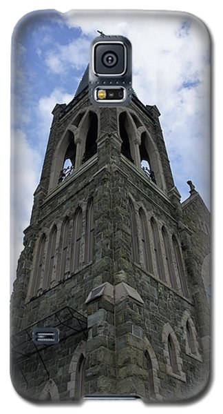Galaxy S5 Case featuring the photograph Luray Chapel by Laurie Perry