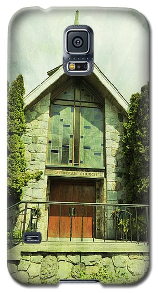 Galaxy S5 Case featuring the photograph Lutheran Church by Laurie Tsemak