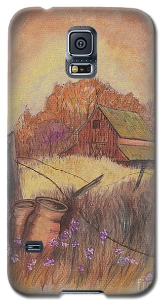 Galaxy S5 Case featuring the drawing Macgregors Barn Pstl by Carol Wisniewski