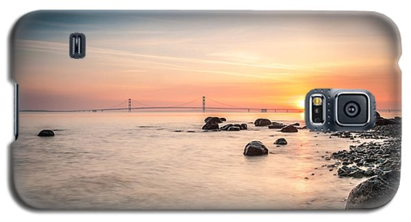 Mackinac Sunrise Galaxy S5 Case by Larry Carr