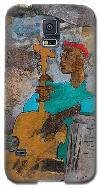 Galaxy S5 Case featuring the mixed media Madcap Bass by Catherine Redmayne