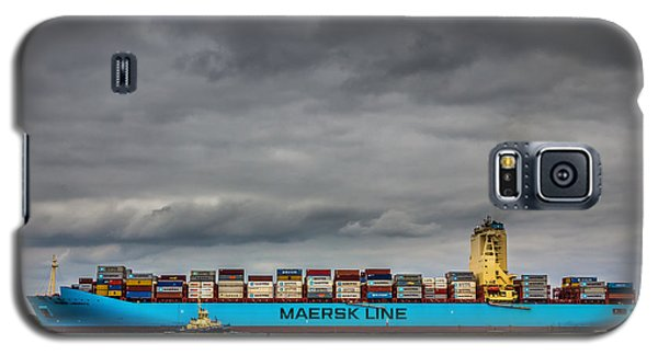 Maersk Container Ship. Galaxy S5 Case