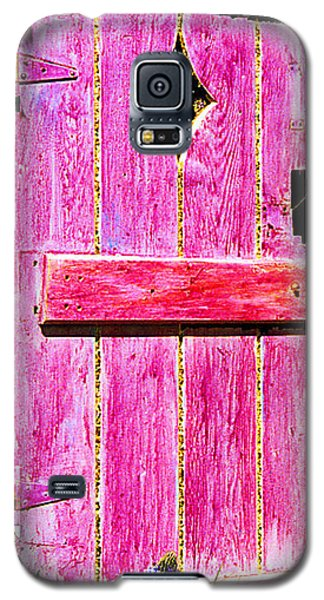 Galaxy S5 Case featuring the sculpture Magenta Painted Door In Garden  by Asha Carolyn Young and Daniel Furon