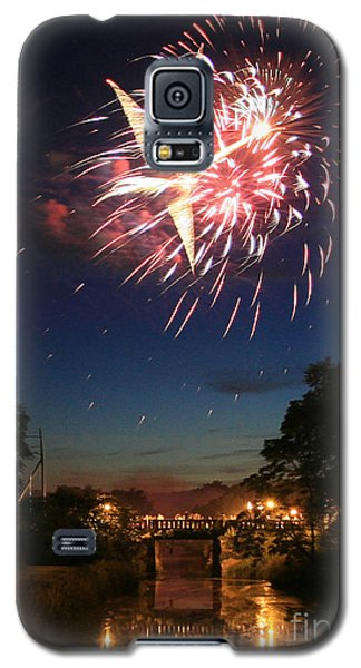 Galaxy S5 Case featuring the photograph Magic In The Sky by Paula Guttilla