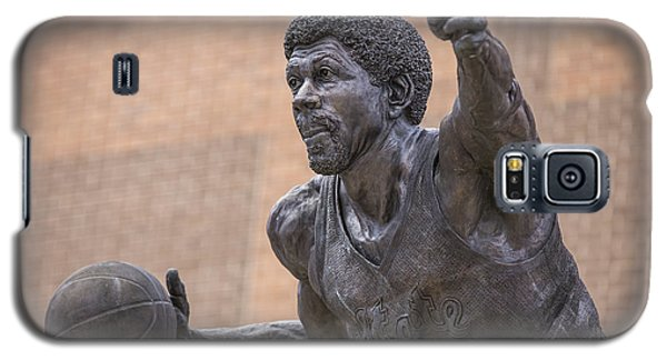 Magic Johnson Statue  Galaxy S5 Case by John McGraw