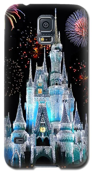 Magic Kingdom Castle In Frosty Light Blue With Fireworks 06 Galaxy S5 Case