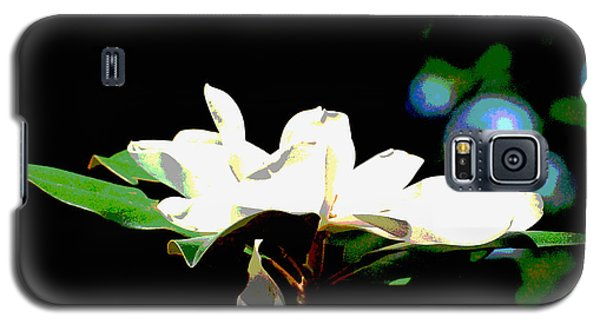 Galaxy S5 Case featuring the photograph Magnolia Blossom by Linda Cox