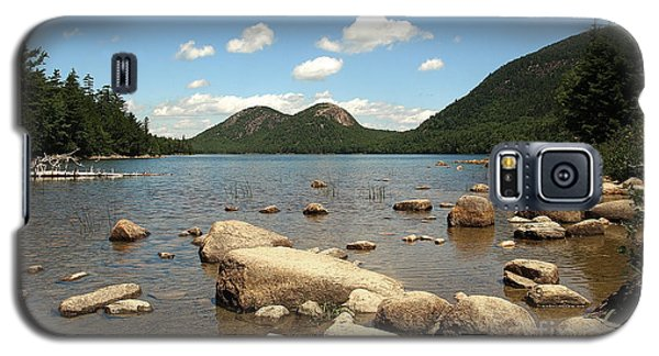 Galaxy S5 Case featuring the photograph Maine by Raymond Earley