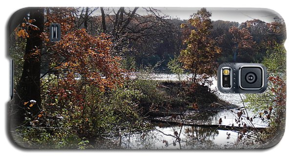 Galaxy S5 Case featuring the photograph Majestic Fall by J L Zarek