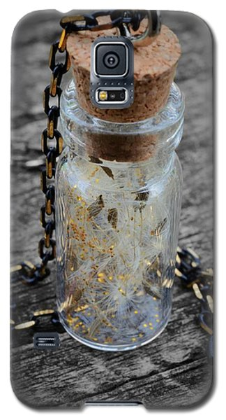 Galaxy S5 Case featuring the photograph Make A Wish - Dandelion Seed In Glass Bottle With Gold Fairy Dust Necklace by Marianna Mills