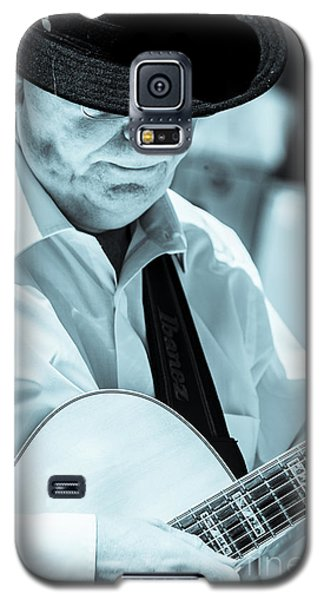 Male In Alpine Hat Playing Guitar Galaxy S5 Case