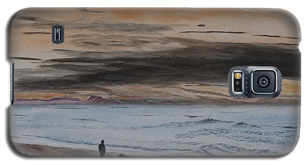 Man And Dog On The Beach Galaxy S5 Case by Ian Donley