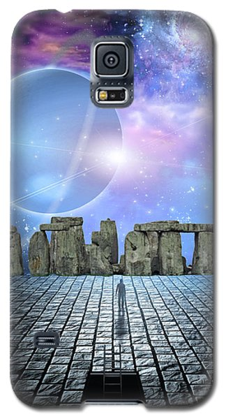 Man Before Stone Structure Galaxy S5 Case by Bruce Rolff