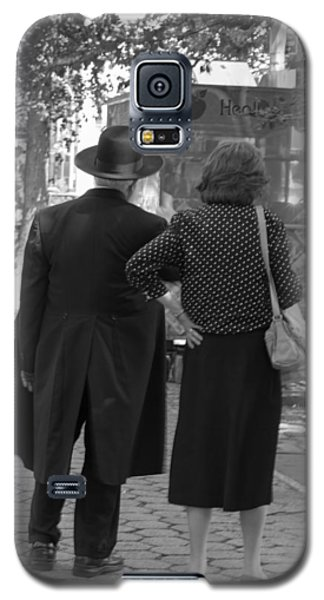 Man Hat And Woman Galaxy S5 Case