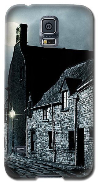 Galaxy S5 Case featuring the photograph Man Standing In Old Street by Ethiriel  Photography